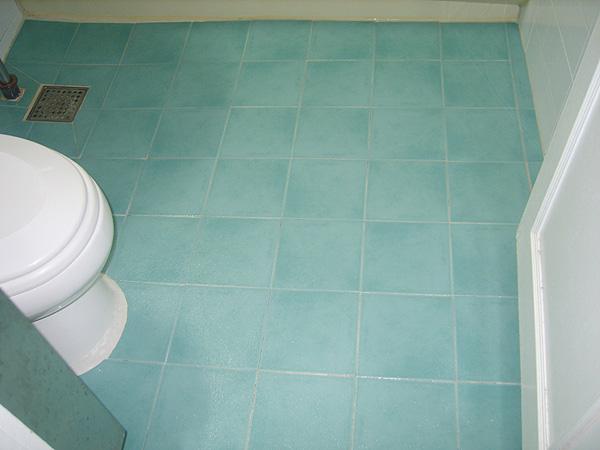 모텔 욕실 미끄럼사고 예방한다.